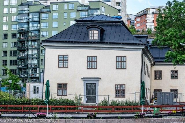 Wonky House