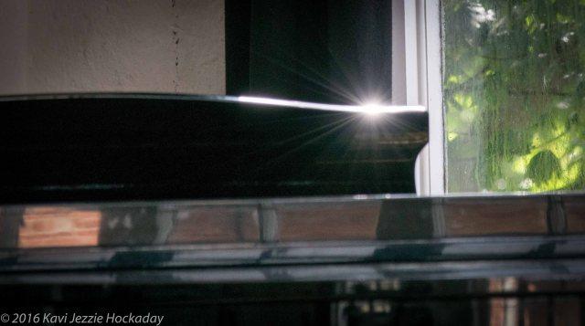 piano light