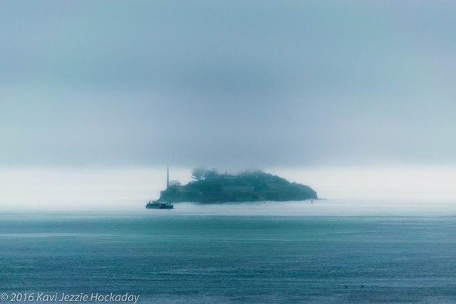 alcatraz-in-the-mist-2
